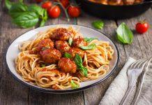 Przepis Spaghetti z klopsikami