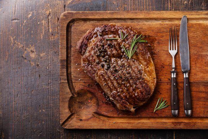 Przepis na grillowany stek