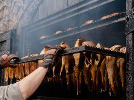 Jak przygotować solankę do ryb